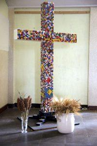 Sichtbar evangelisch 2016 Schulkreuz Mosaik