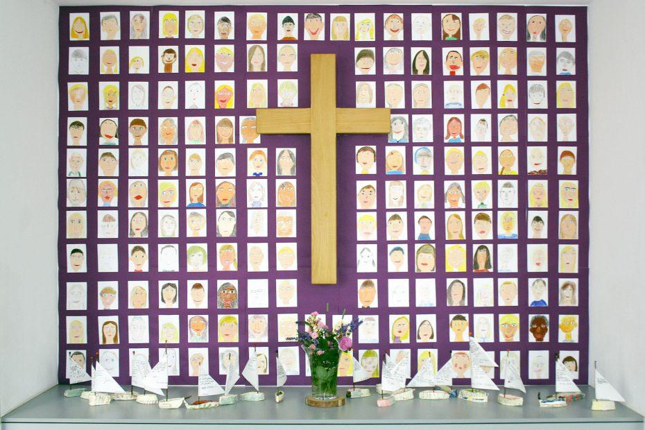 Sichtbar evangelisch 2016 Schulkreuze