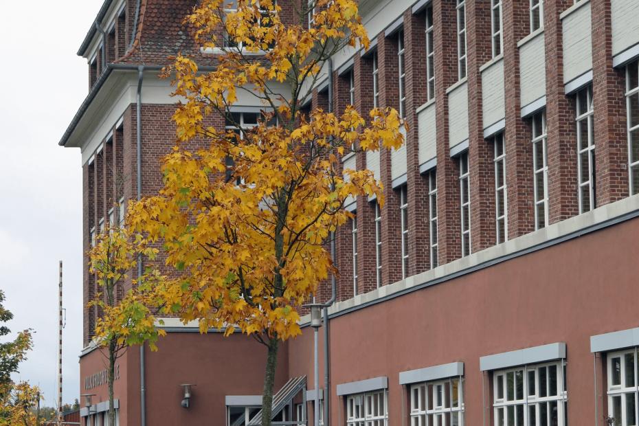 Aussenansicht des Evangelischen Gymnasiums Nordhorn.